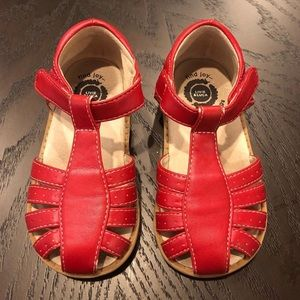 Livie & Luca Red Size 8